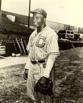 Jackie_robinson_Kansas_City_Monarchs_2